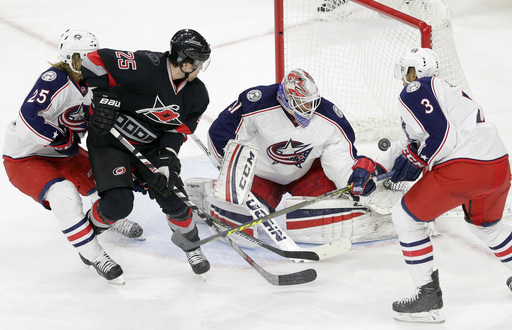 Lindholm has 2 goals, Hurricanes over Blue Jackets 4-1