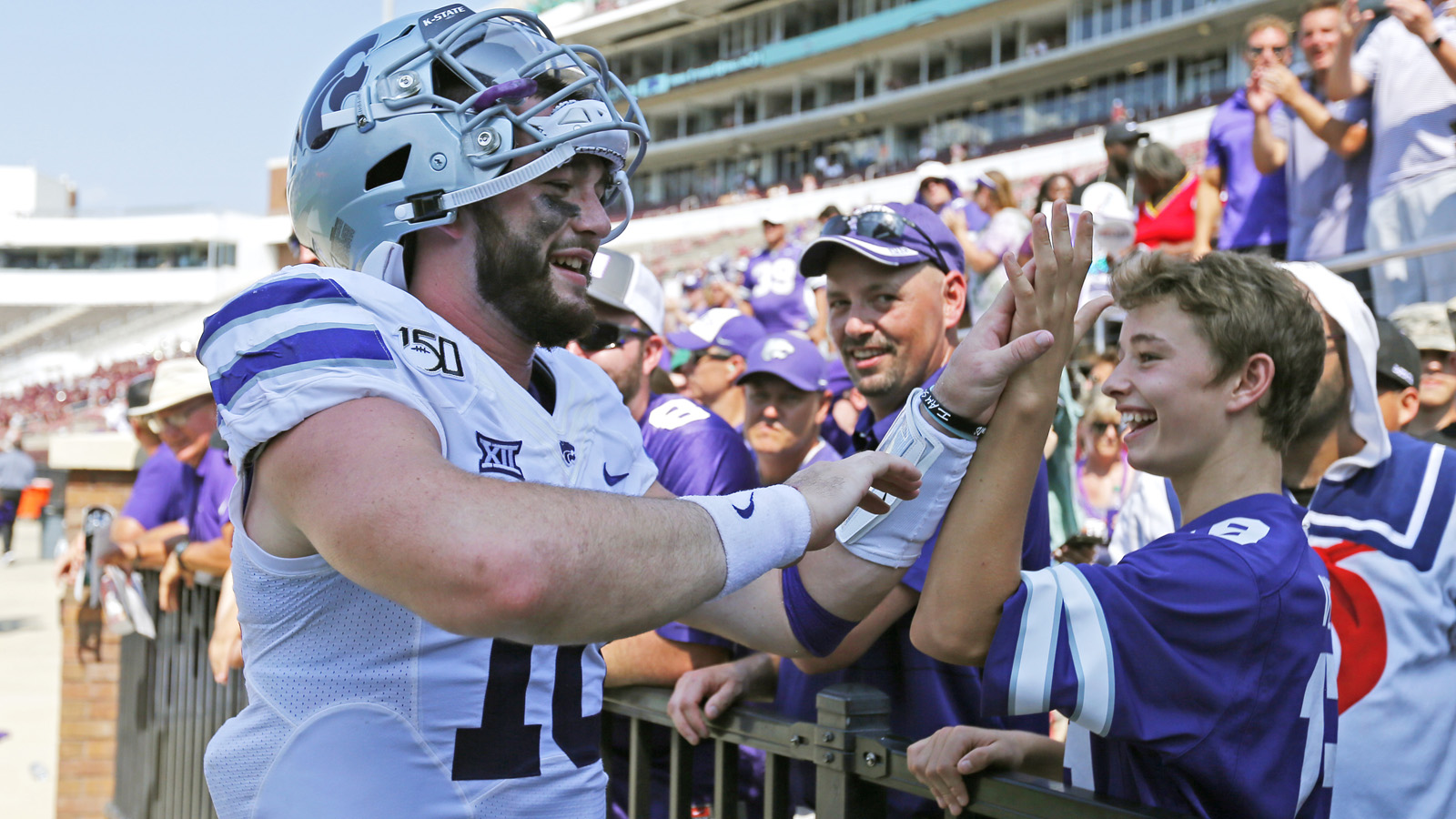 Thompson rises to the challenge as K-State defeats Mississippi State 31-24