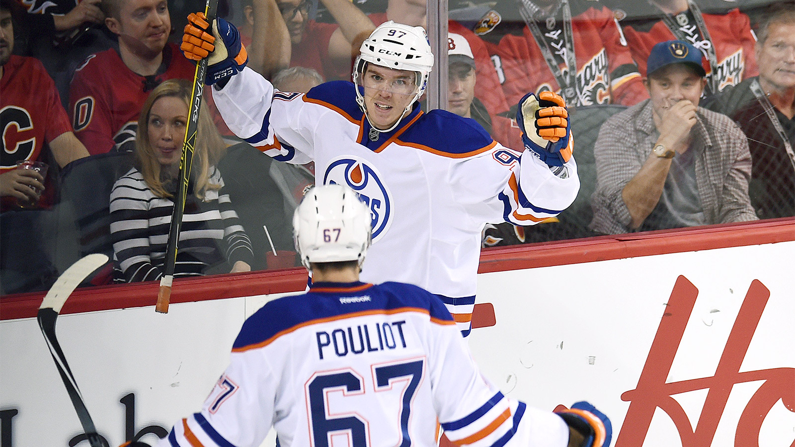 Connor McDavid scores twice, totals 3 points in Oilers' first win