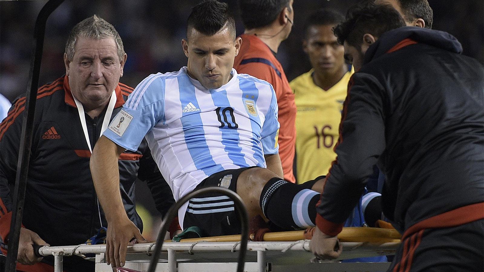 Man City forward Aguero 'not far away' from injury return