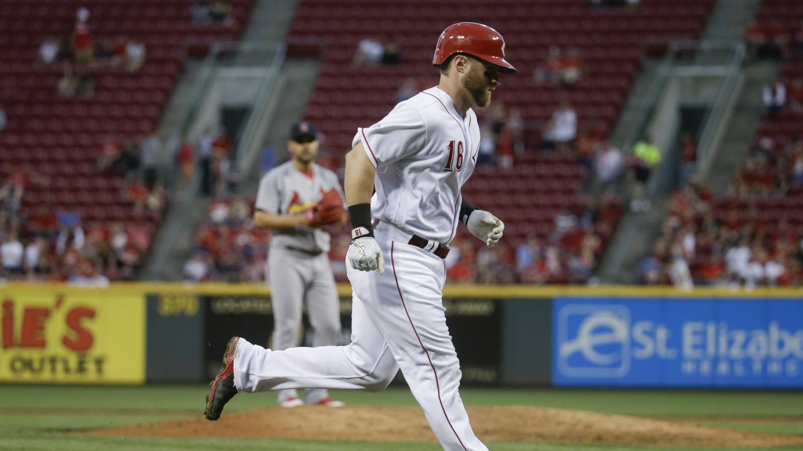 Barnhart, Cozart homer in loss to Cardinals