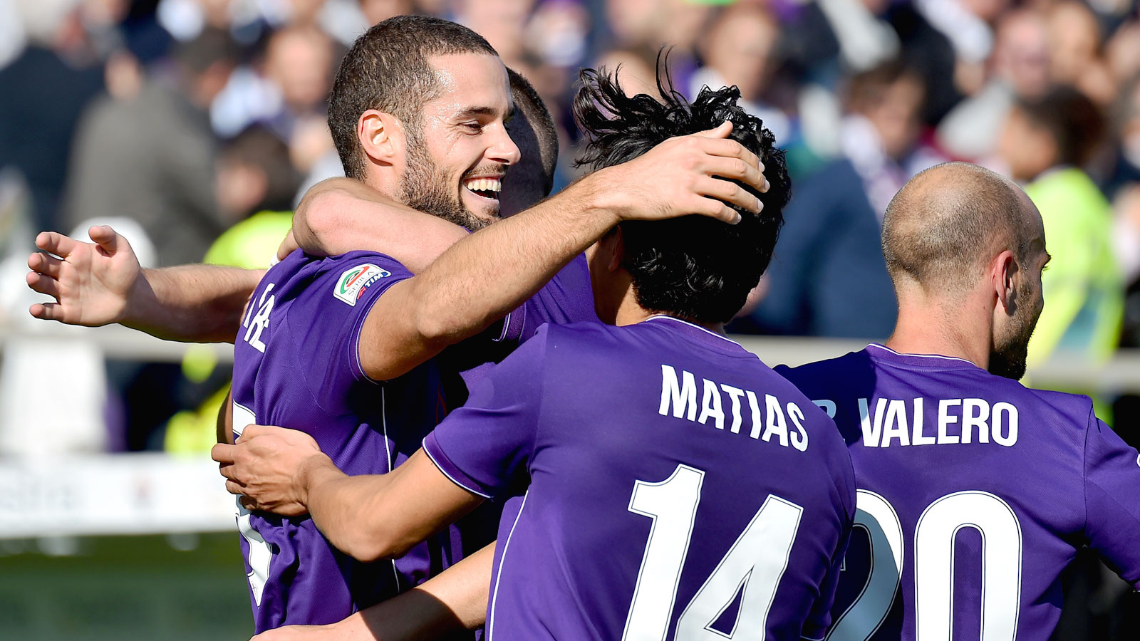 Fiorentina beats Frosinone to return to top of Serie A table