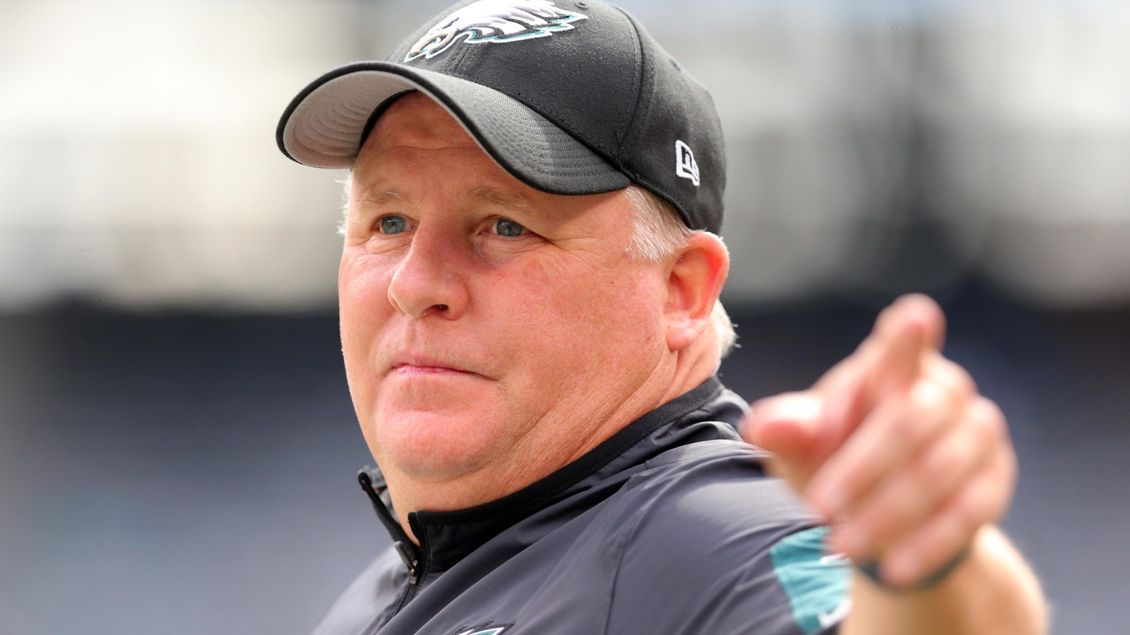 Chip Kelly stands by defensive coordinator after another blowout loss