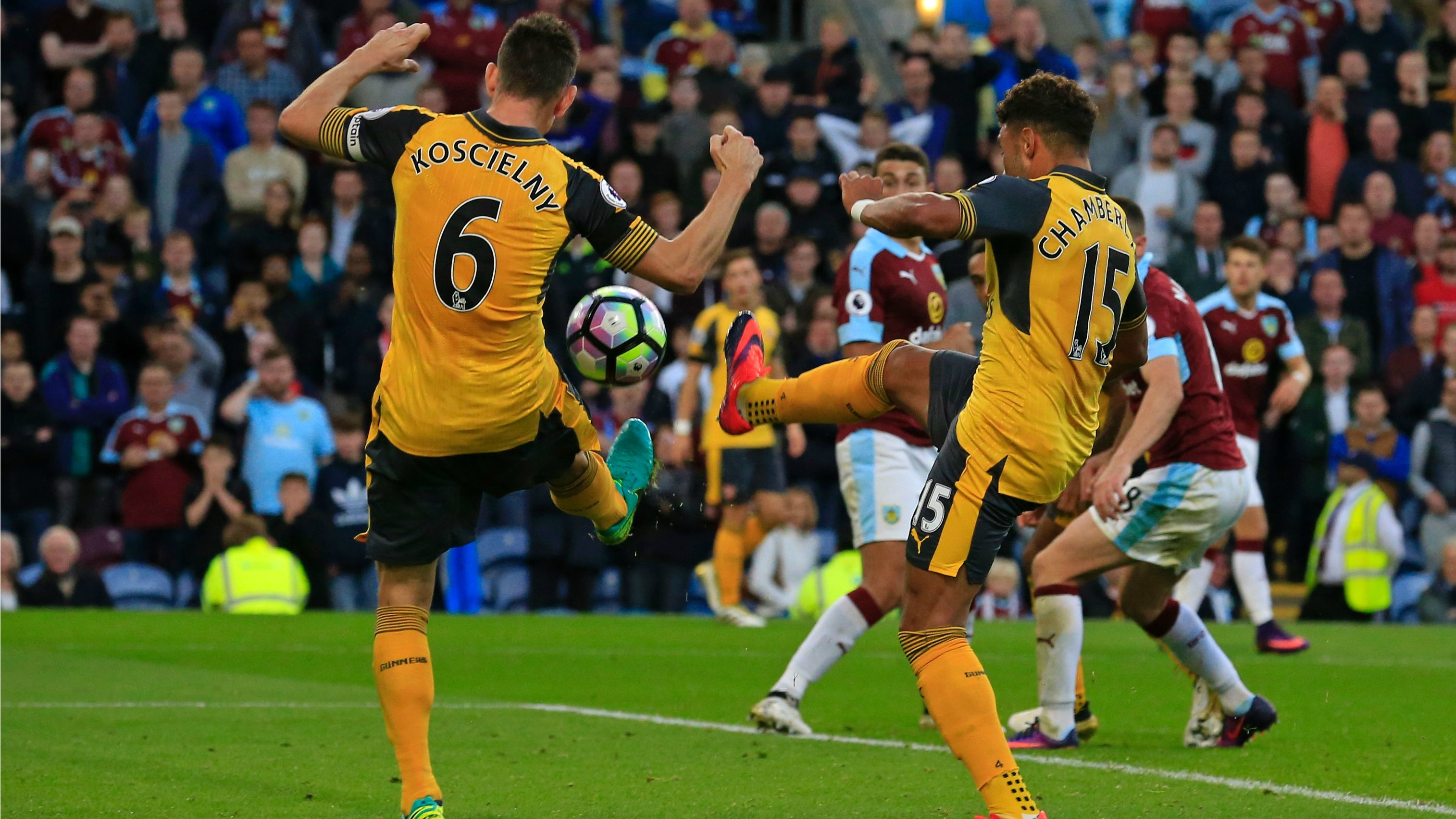 This Arsenal last-minute game-winner was fantastically ugly