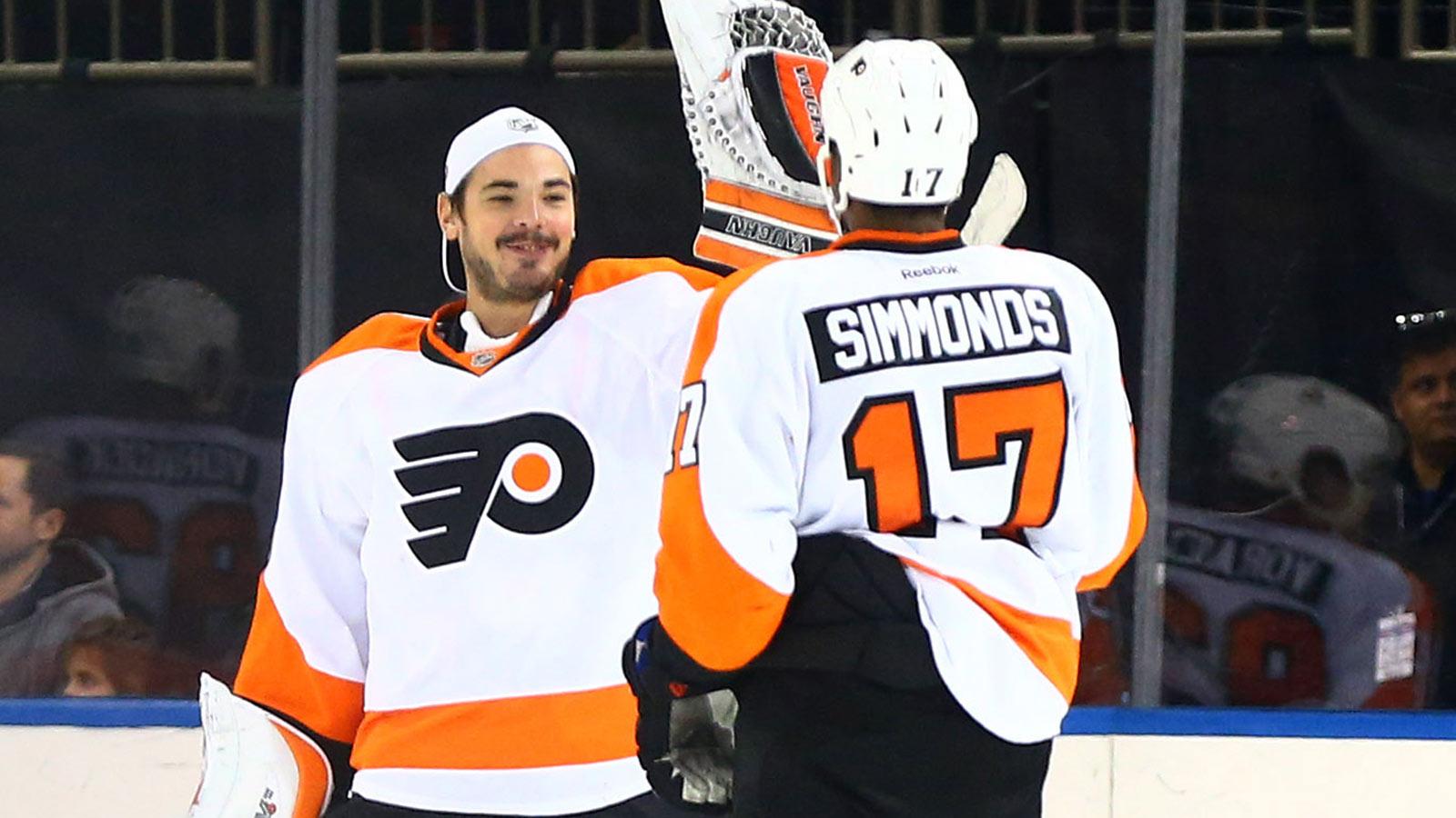 Simmonds, Mason spark Flyers' shutout victory at Rangers