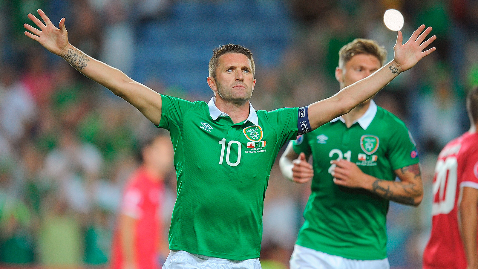 Keane boosts Republic of Ireland's Euro dreams with giant win