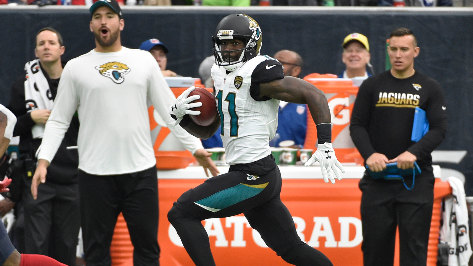 Miserable offense leads to Jaguars' loss to Texans, firing of Gus Bradley
