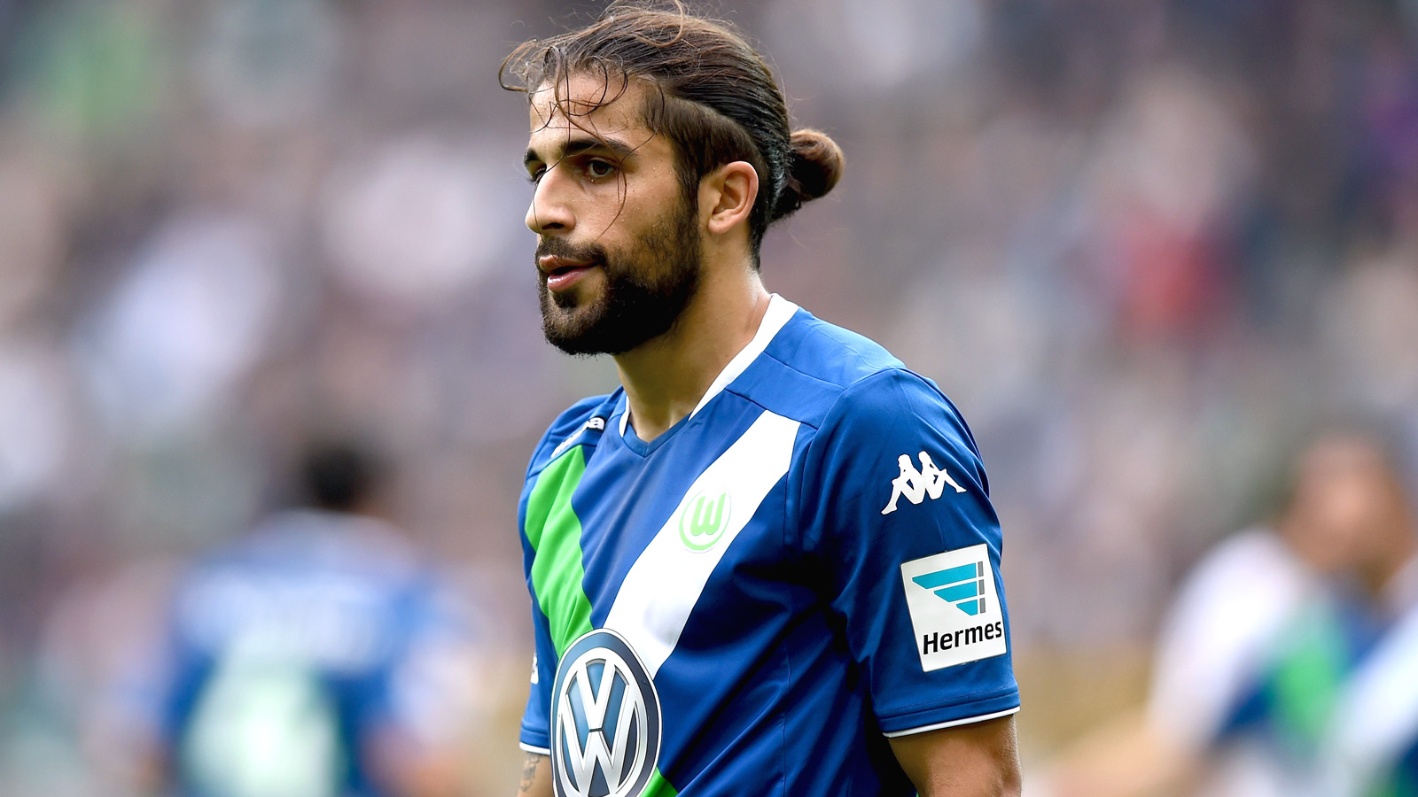 Manchester United prepare swoop for Wolfsburg defender Rodriguez