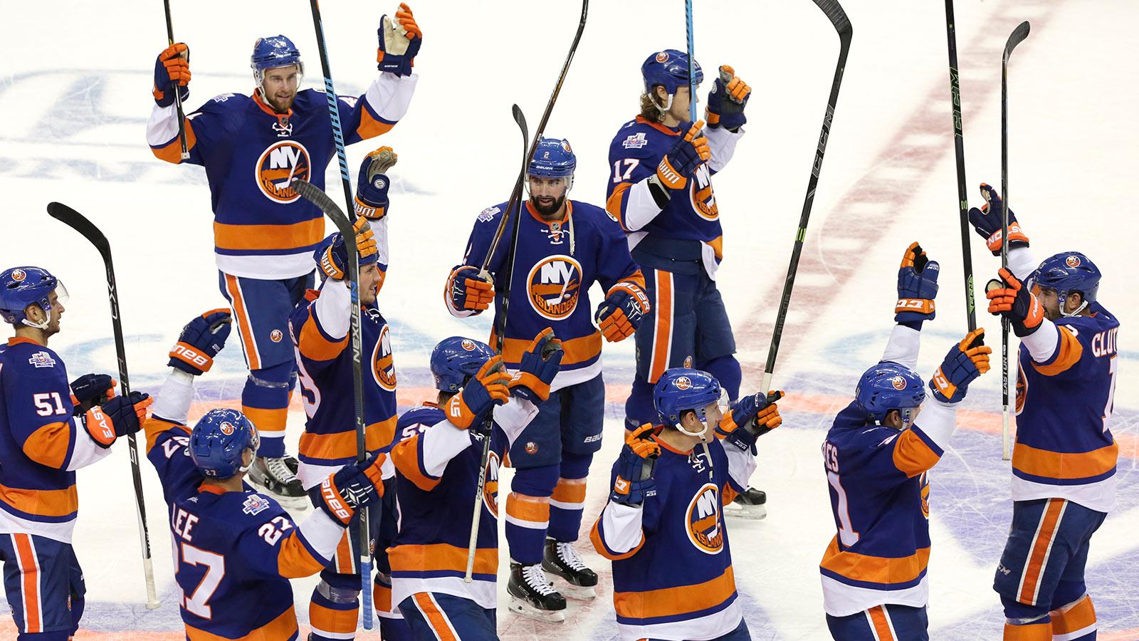 Islanders double-up Jets, get first win in Brooklyn