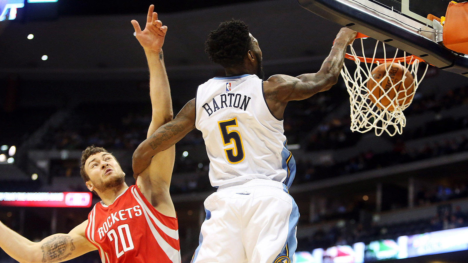 Barton nearly blows game, highlight jam with shoe-tossing tech