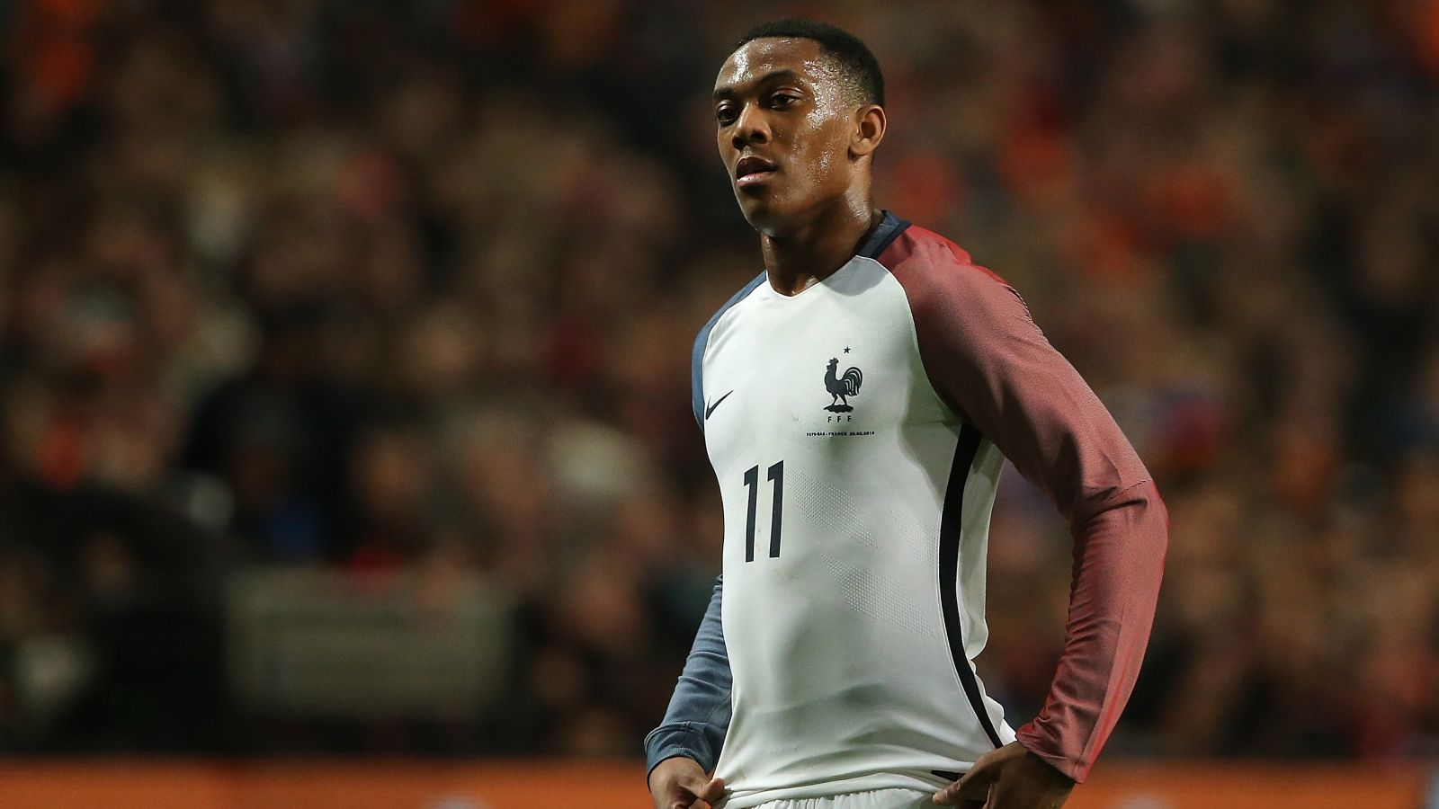PSG want to tempt Martial away from United this summer