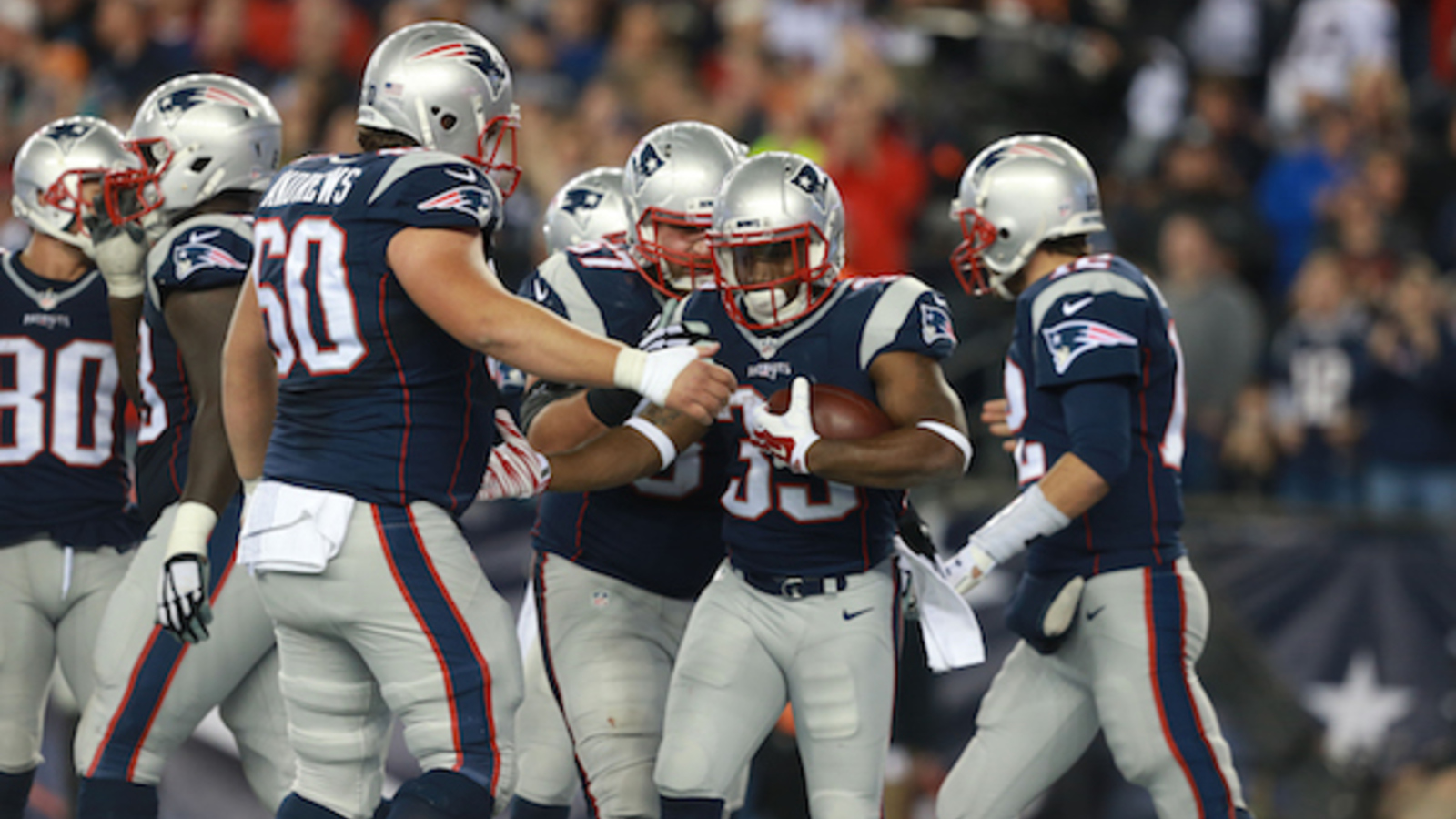 Patriots overcoming injuries on offensive line