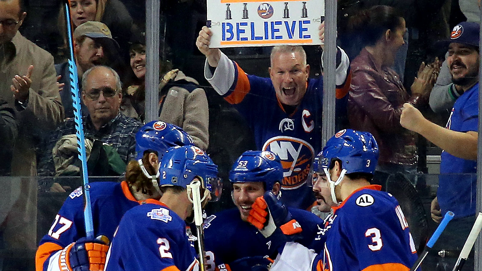 Islanders' fourth line outplays all of Avs' lines in win
