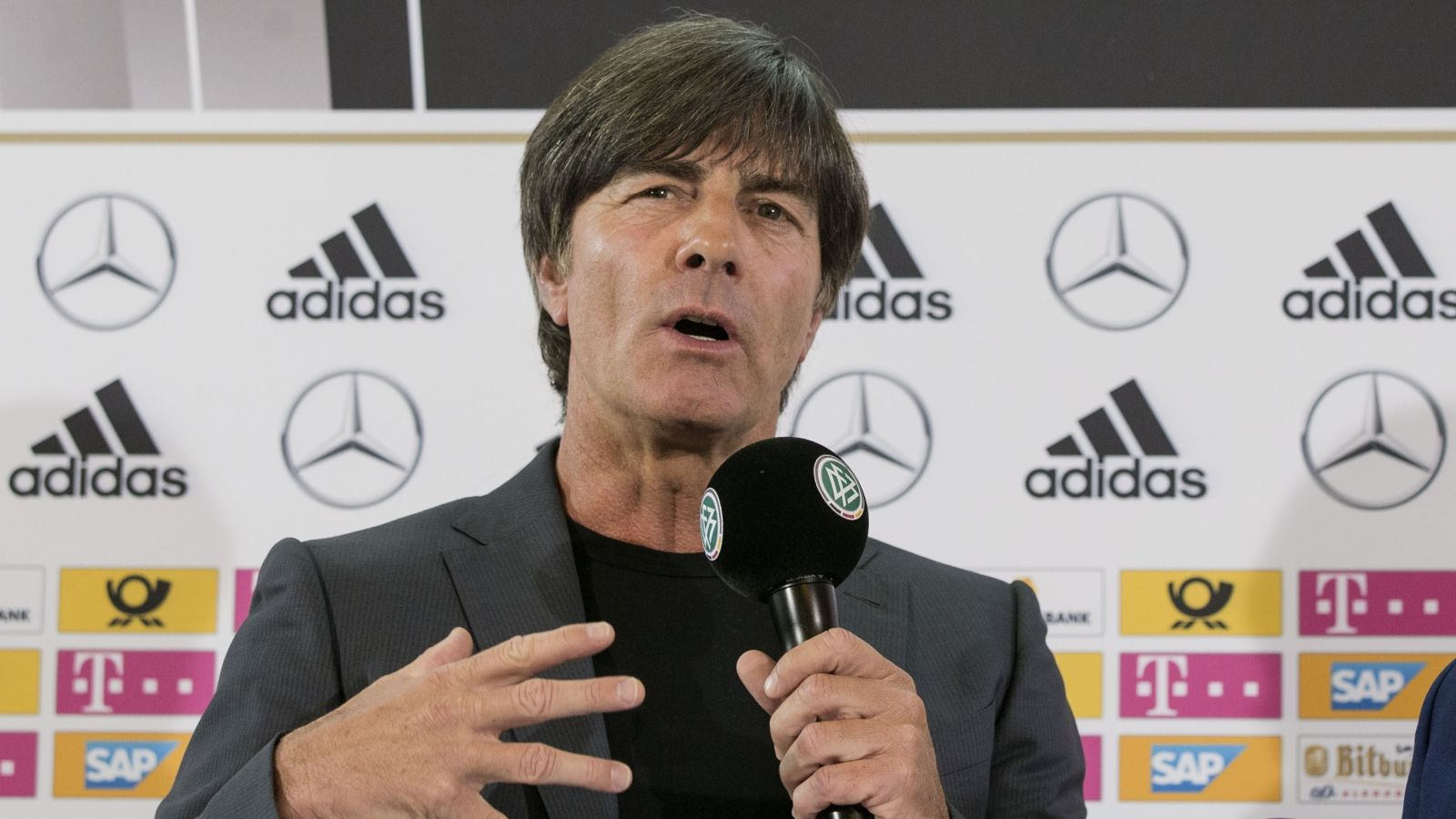 Low says Germany are hungry to win Euro 2016 this summer