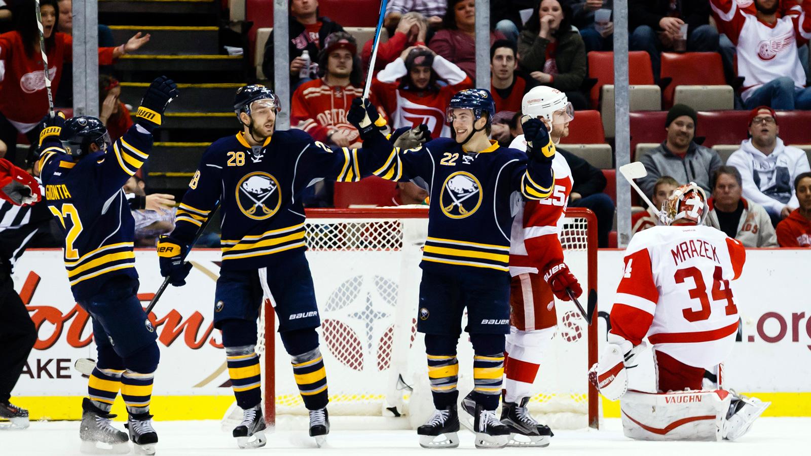 Sabres snap Red Wings' 13-game point streak