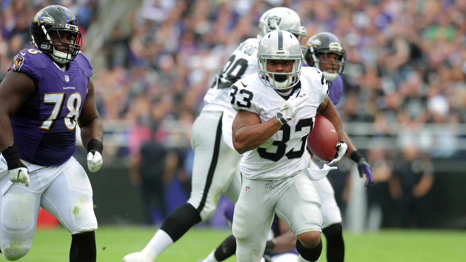 With Murray limping, Raiders turning to pair of rookie RBs
