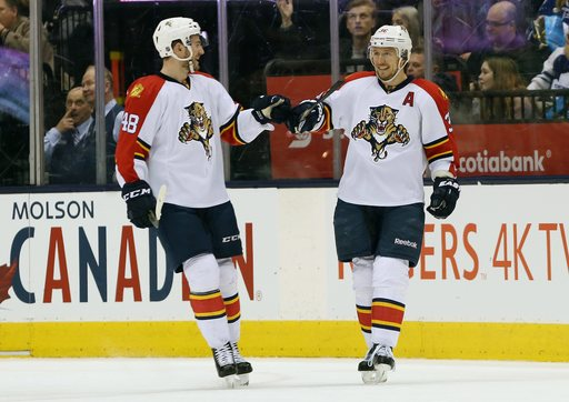 Panthers' Jokinen has luck of the Irish in St. Paddy's day win