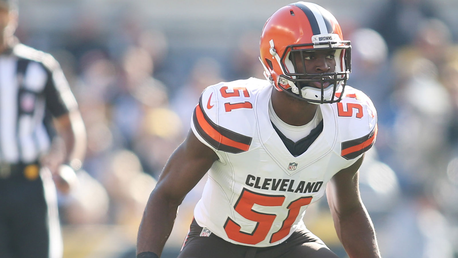 Browns trade former first round pick Mingo to Patriots