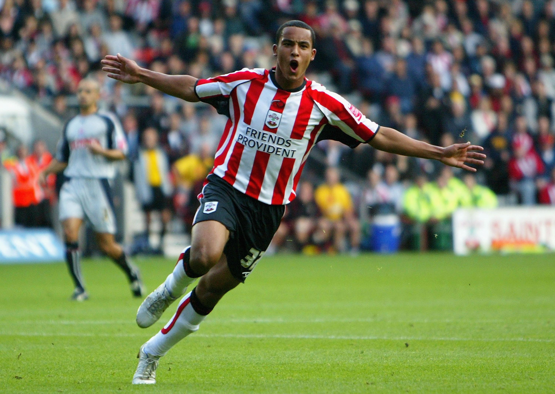 Arsenal: Southampton Return Offers Painful Walcott And Chamberlain Reminder