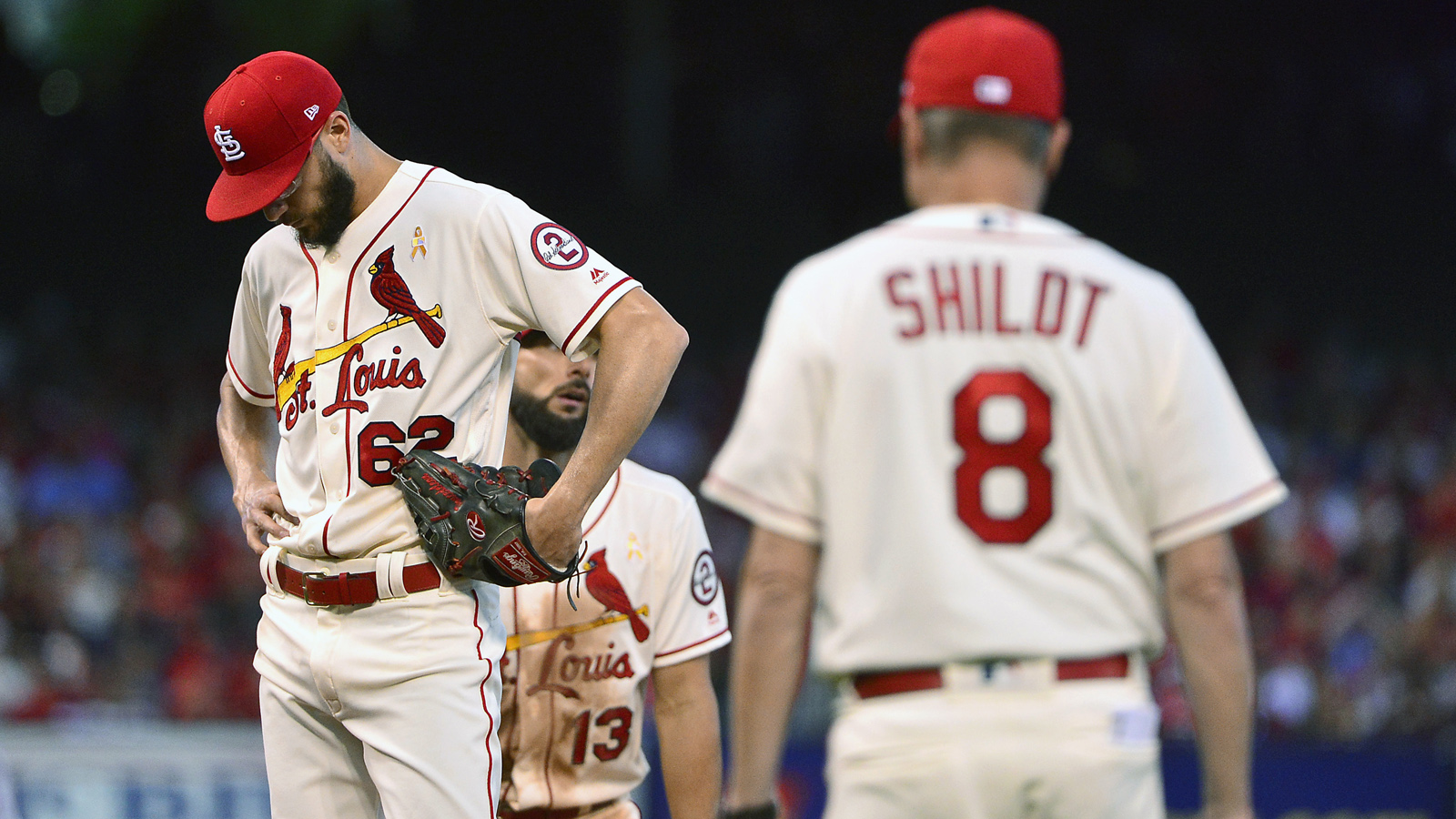 Poncedeleon gets quick hook in Cardinals' 4-0 loss to Reds