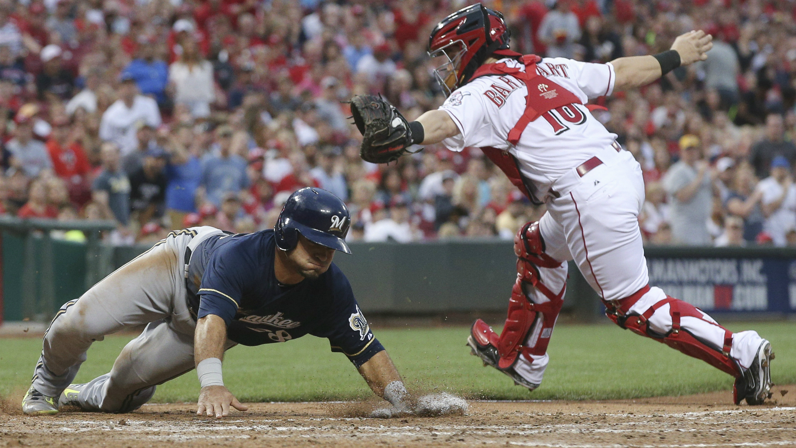 Brewers thump Reds 12-1