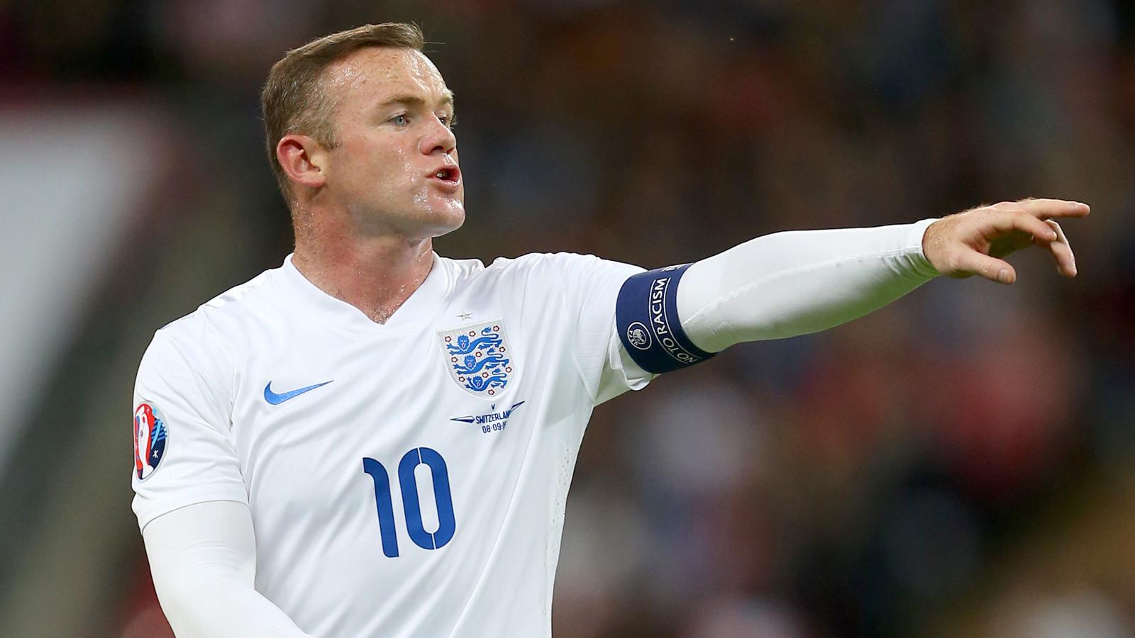 England's Wayne Rooney rated doubtful for Estonia clash