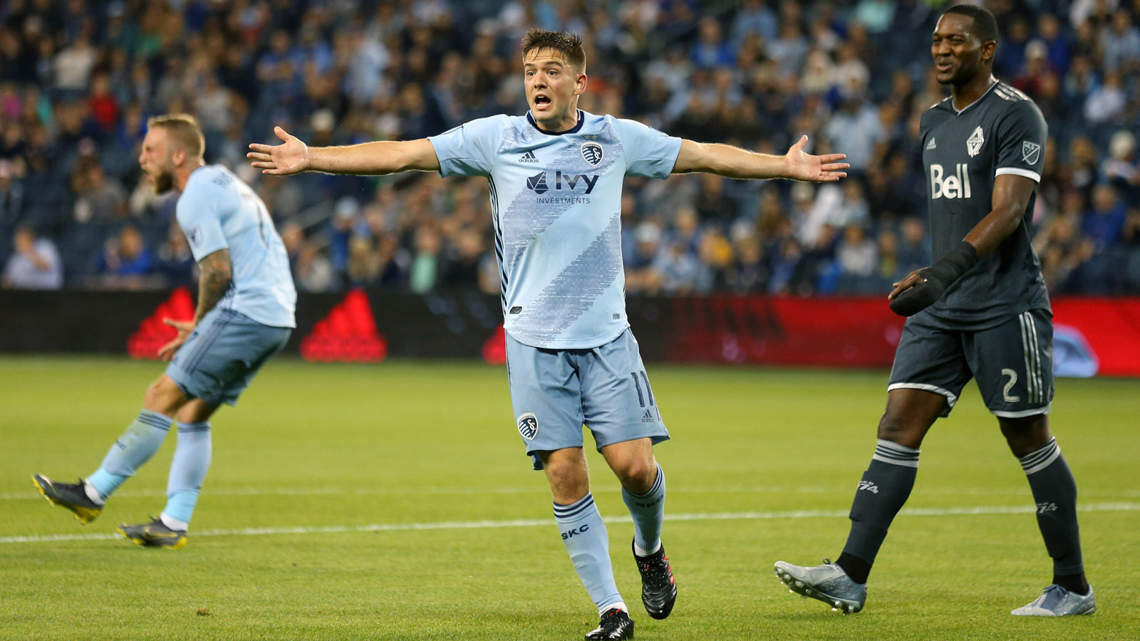 Sporting KC trades Kelyn Rowe, receives $75K and international roster spot