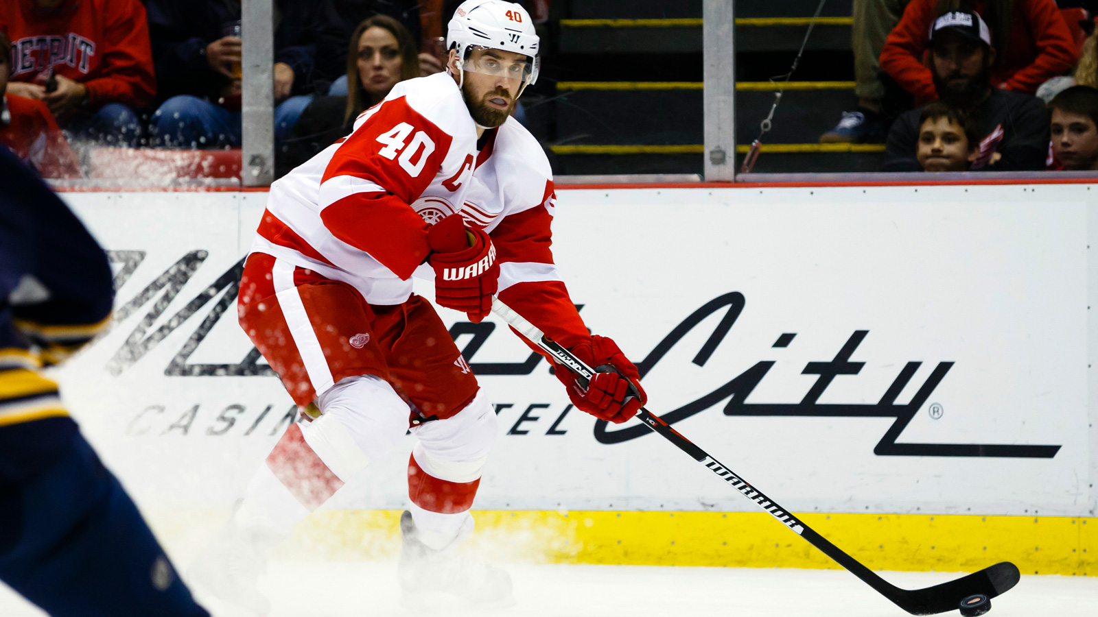 Wings hope to jump out to quick start against Canucks