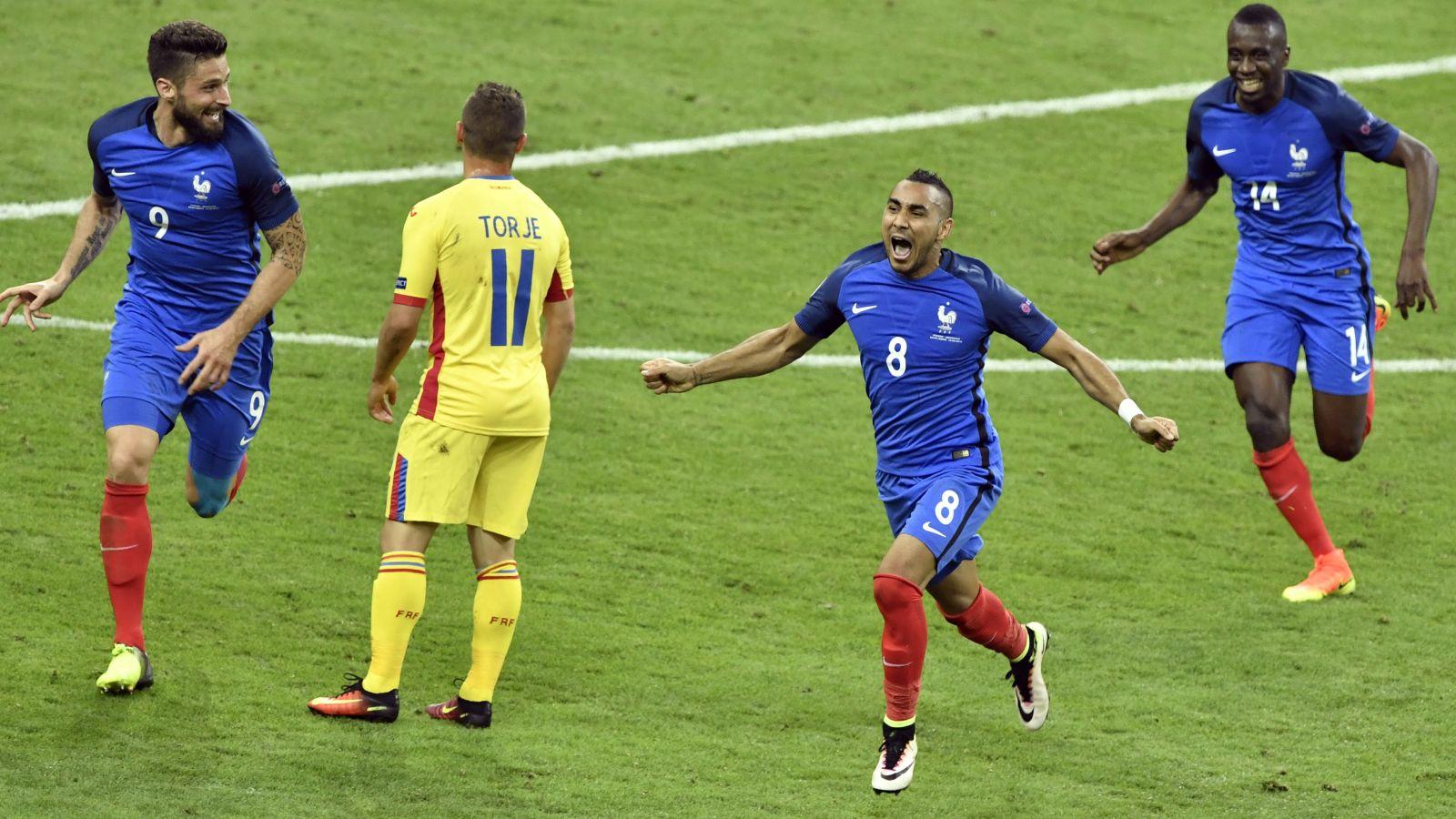 Deschamps hails France hero Payet after match-winning goal