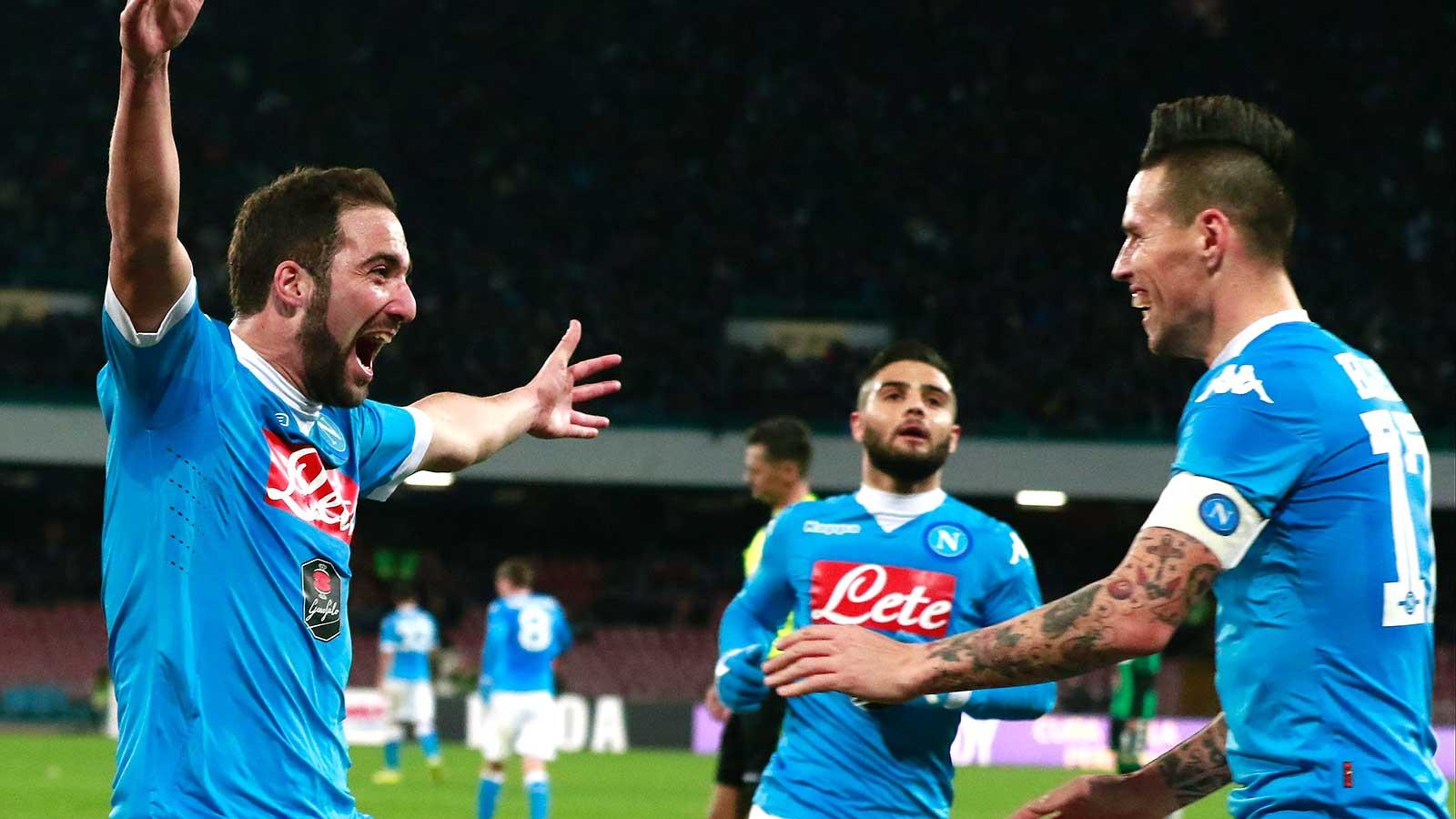 Higuain scores brace as Napoli fight back to beat Sassuolo