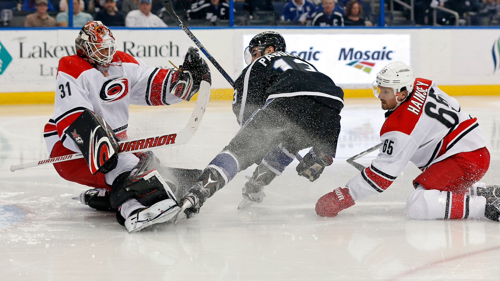 Lightning win team-record 9th in row, 4-3 over Hurricanes