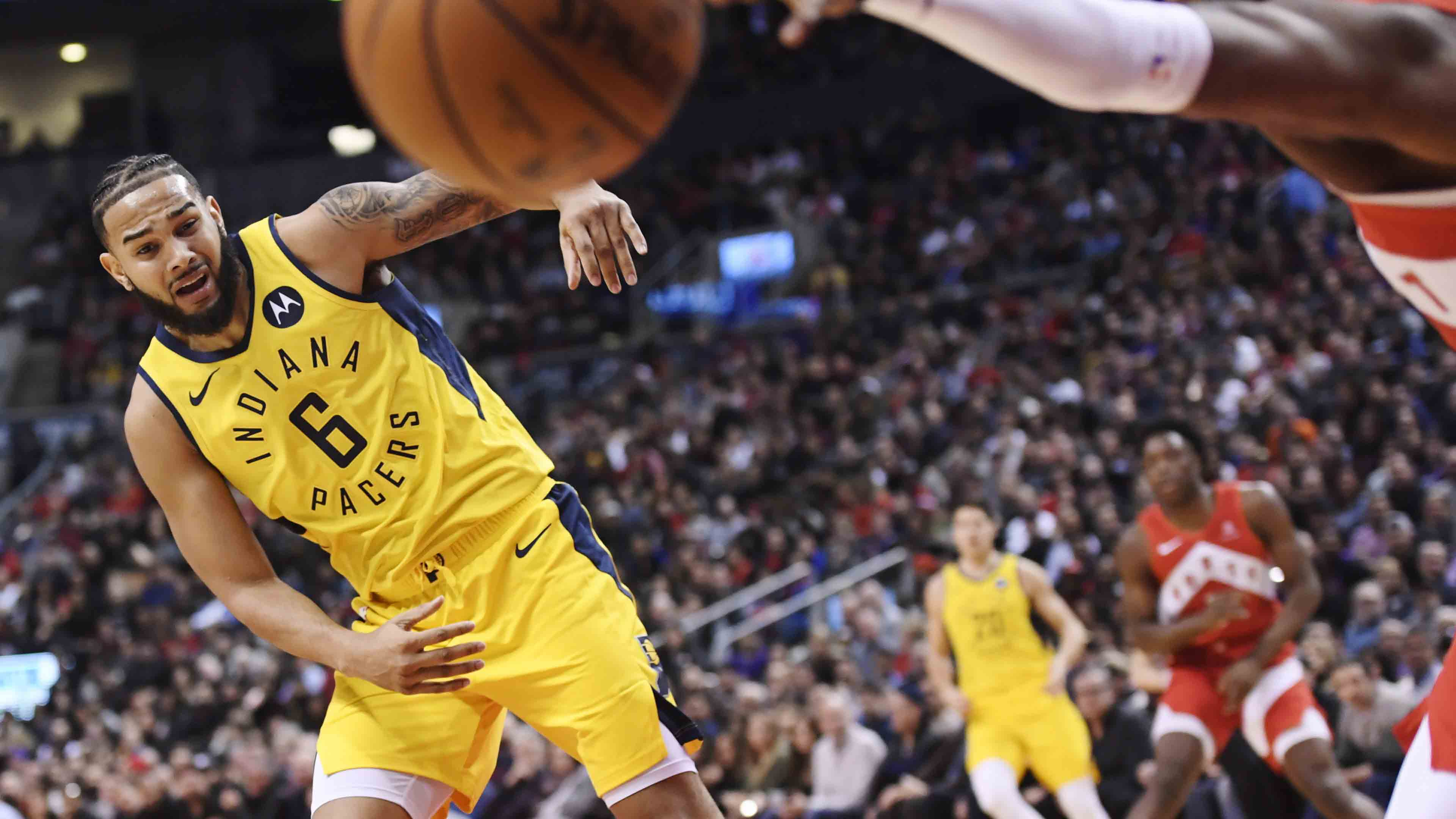 Turner-less Pacers fail to slow Leonard-less Raptors in 121-105 loss