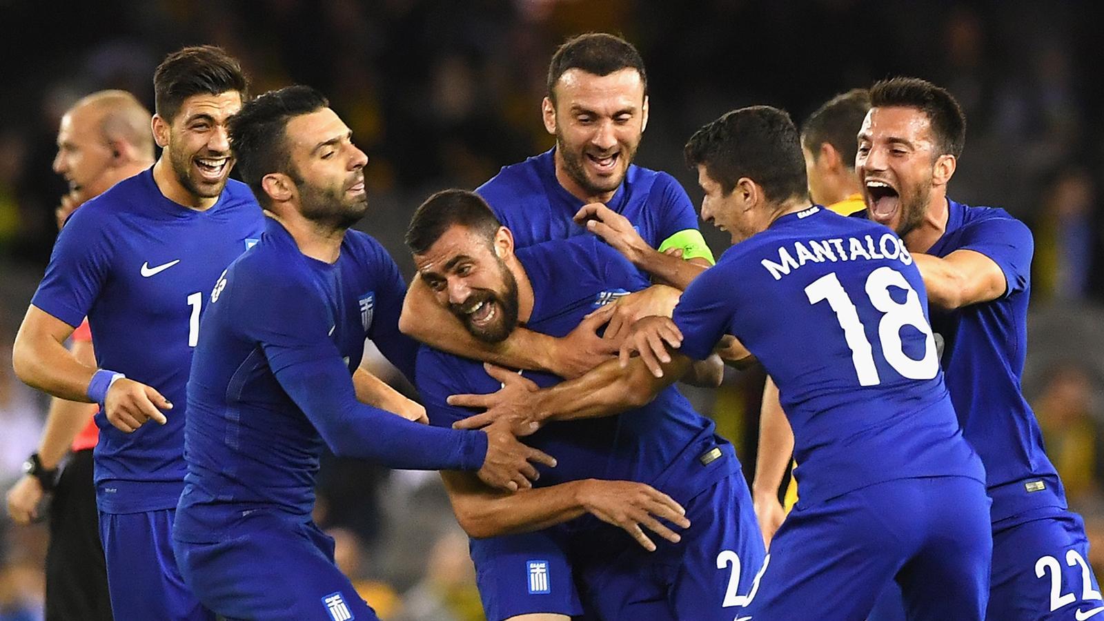 Greece's Maniatis scores vs. Australia from inside his own half