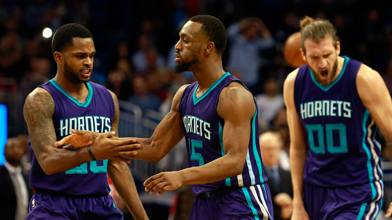 Kemba Walker scores 40, leads Hornets to OT win at Orlando