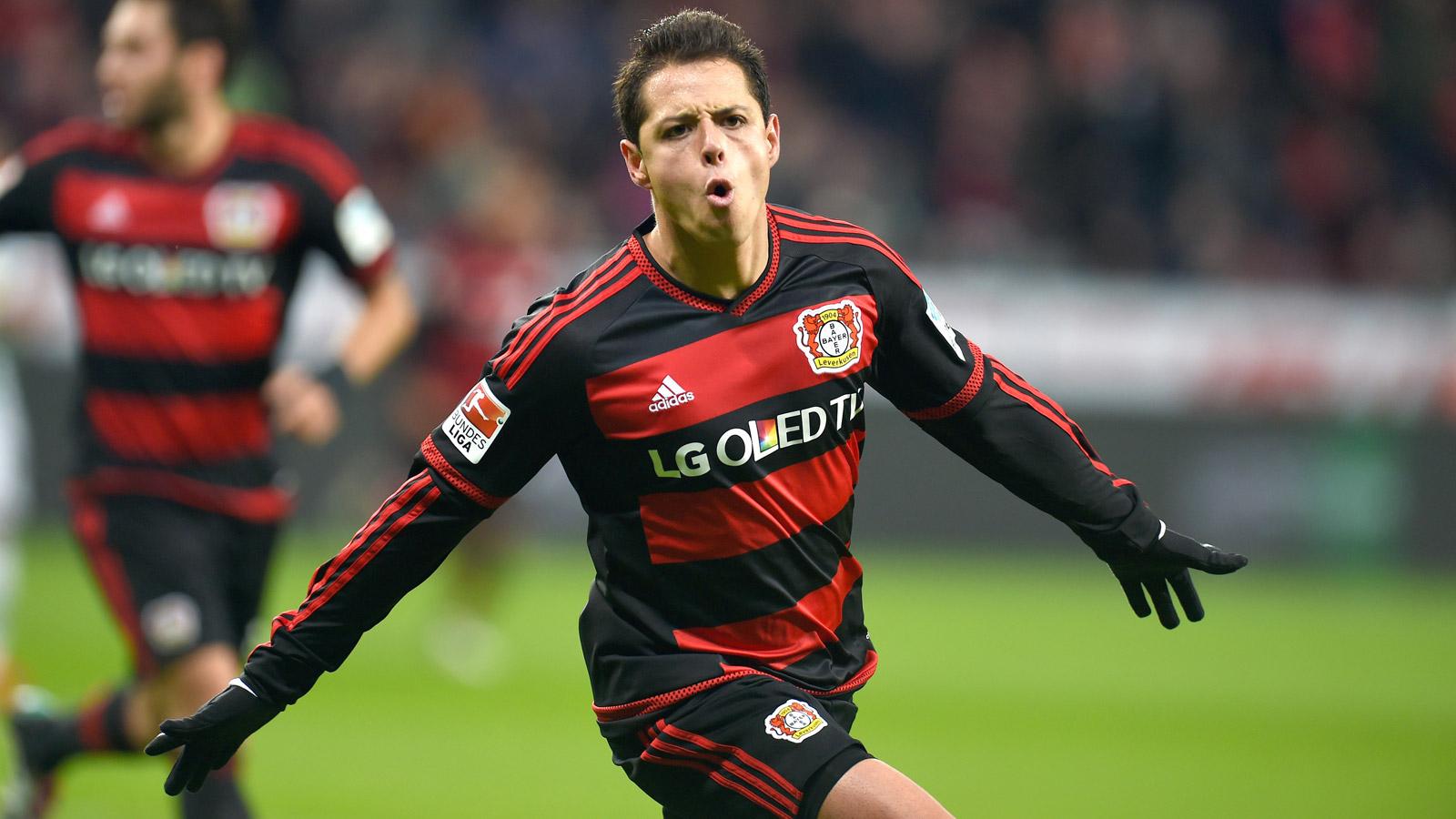 Arsenal target shock move for Leverkusen star Chicharito