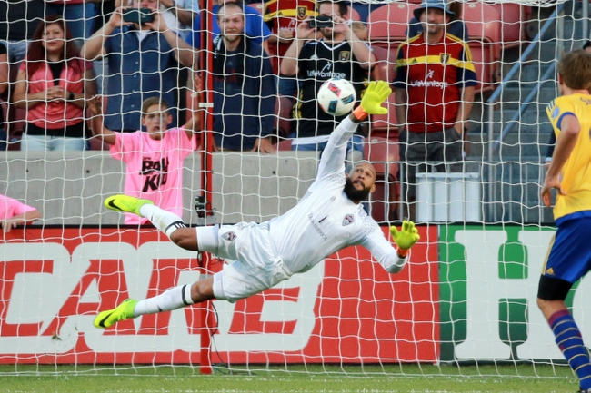 Is Tim Howard Becoming Major League Soccer's Best Goalkeeper?