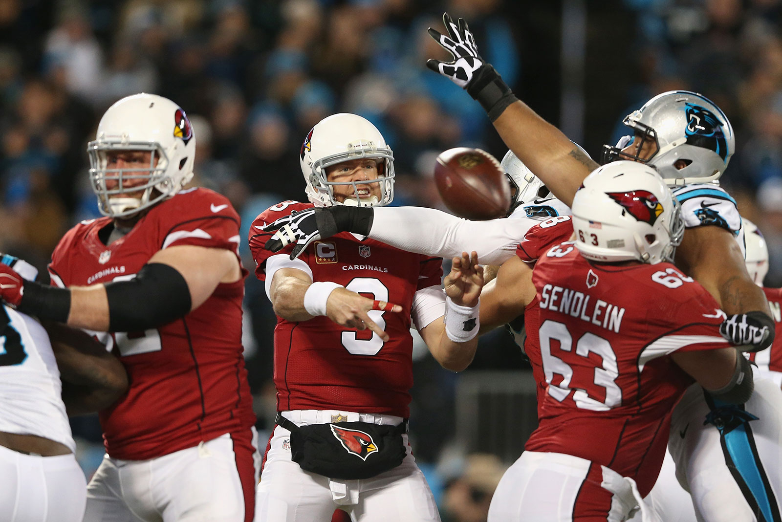 Big change in offensive line in front of Cardinals' Palmer