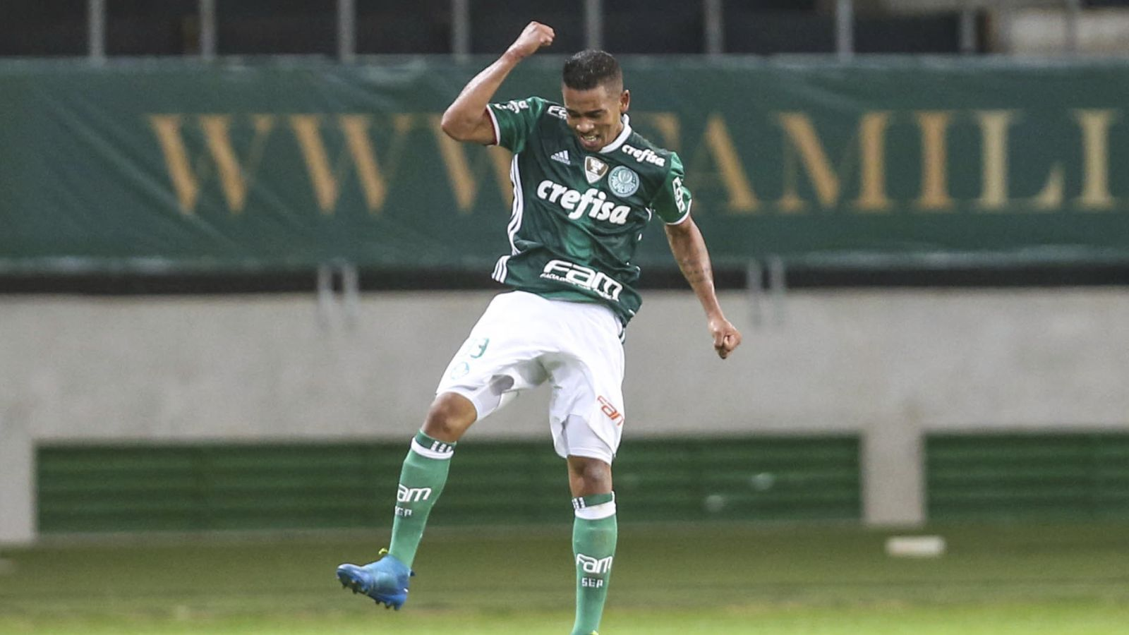 New Man City boss Guardiola bids for Palmeiras striker Gabriel Jesus