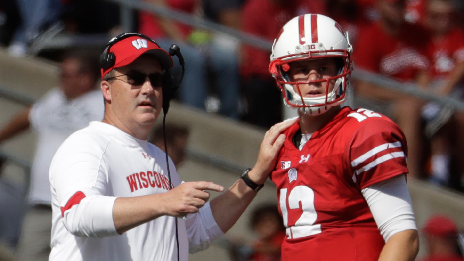 Secret's out: RS freshman Hornibrook to start at QB for Badgers