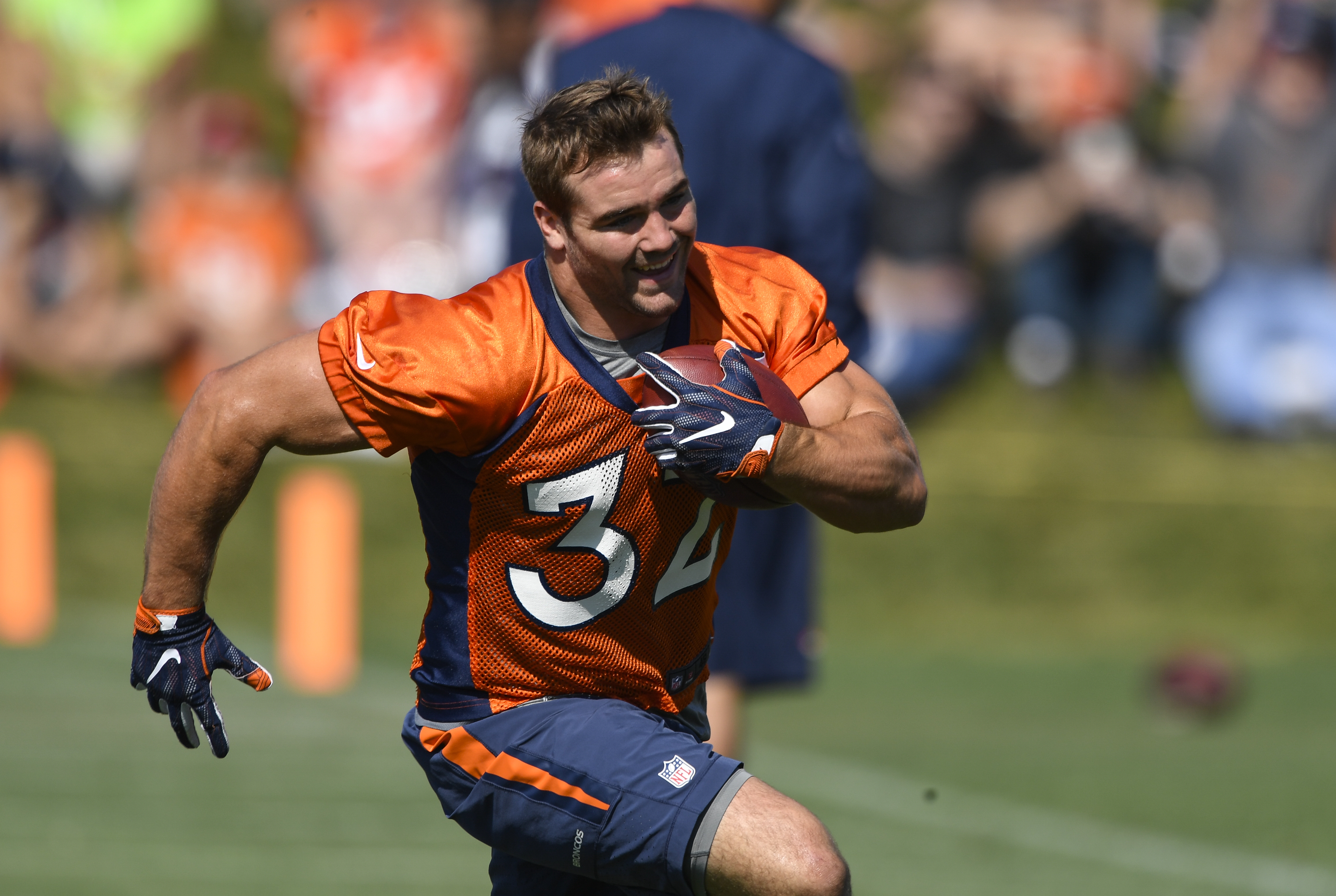 Broncos' Andy Janovich scores 28-yard touchdown on first career touch (Video)