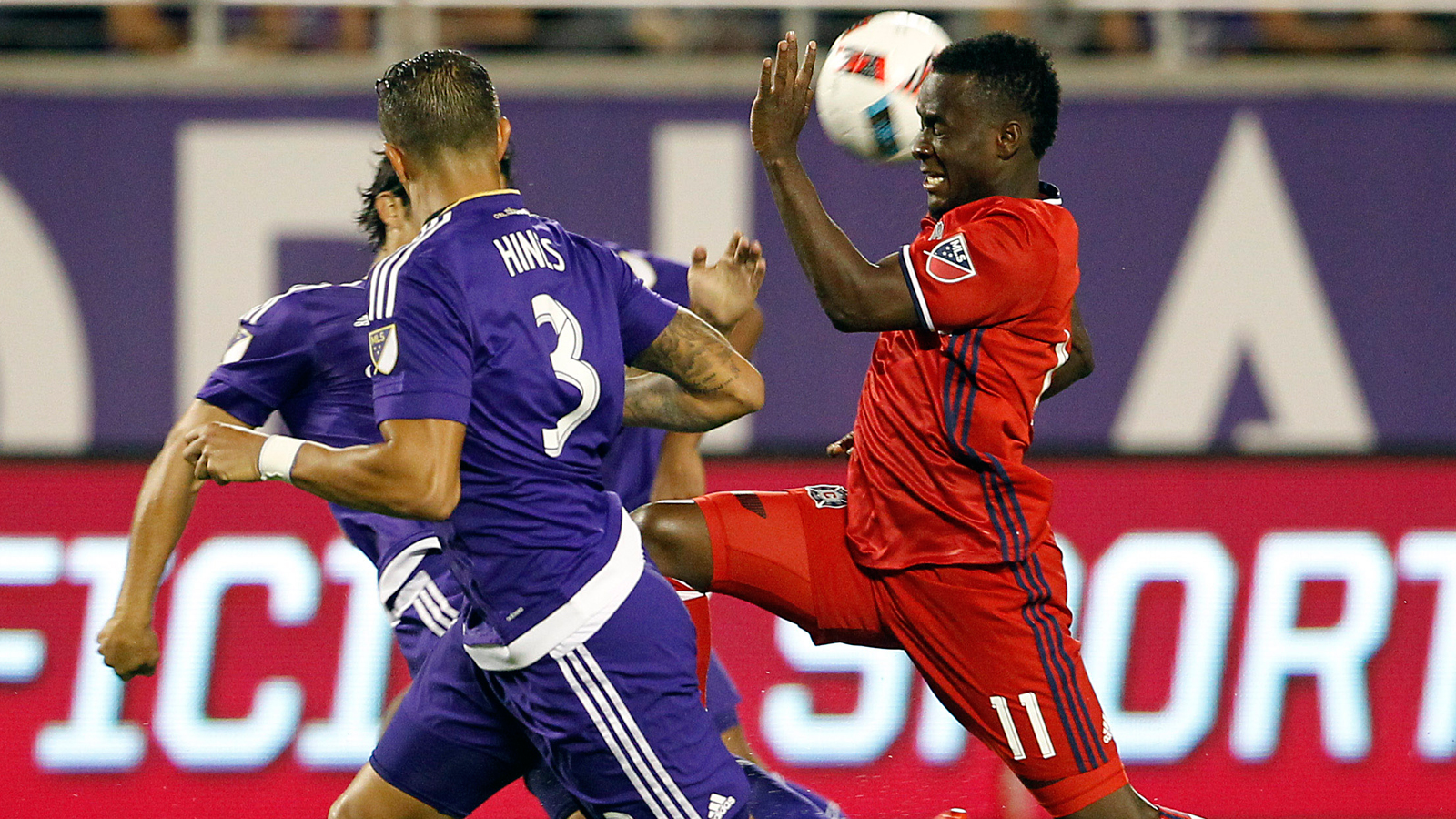 Cyle Larin scores quickly as Orlando City earns draw with Chicago Fire