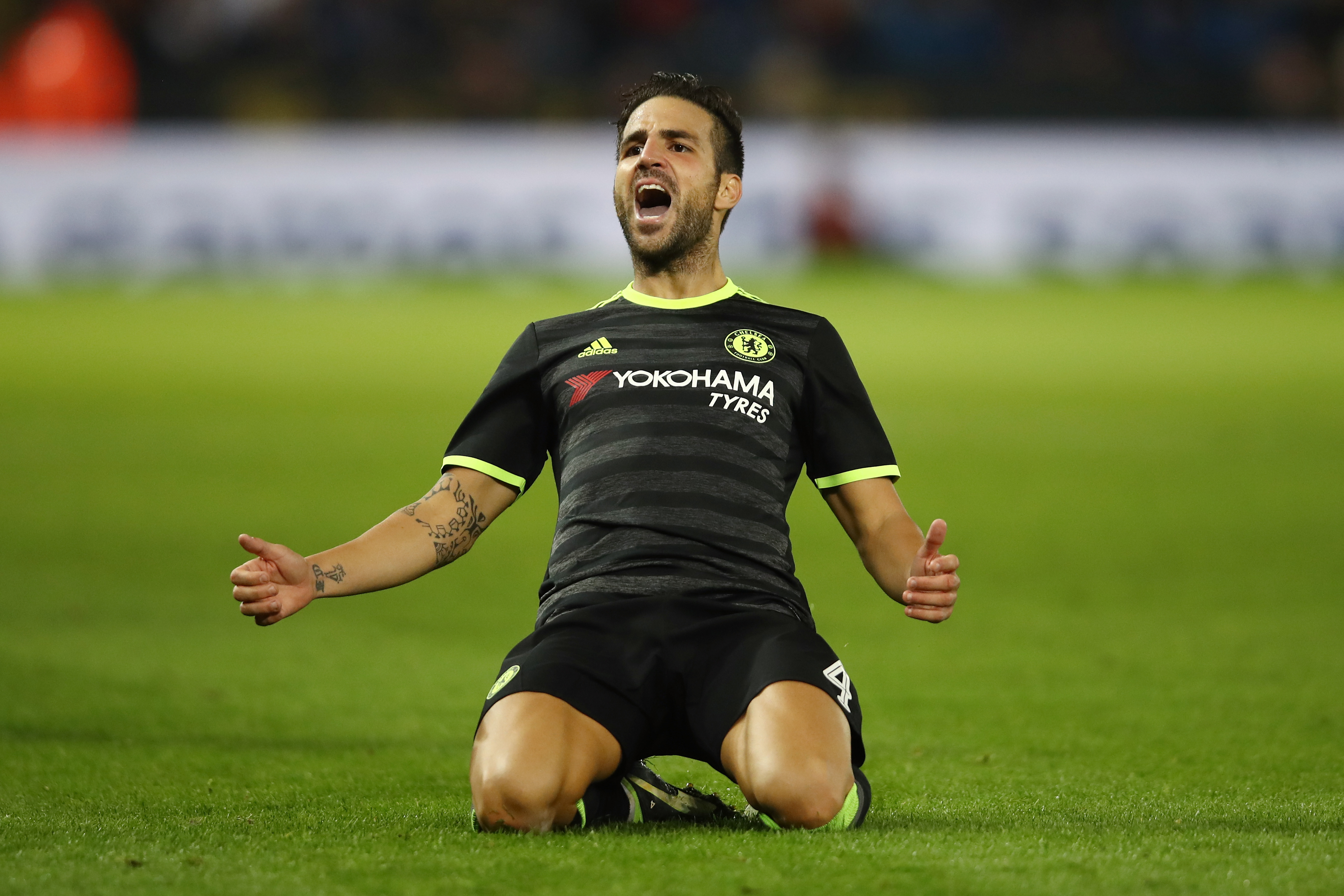 Arsenal hope to see Chelsea start Cesc Fabregas