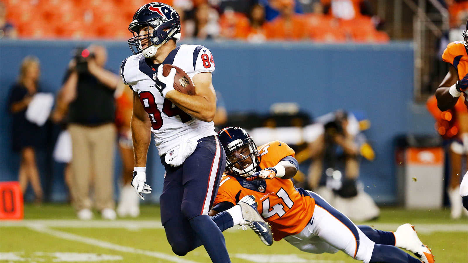 Houston activates TE Ryan Griffin from injured reserve