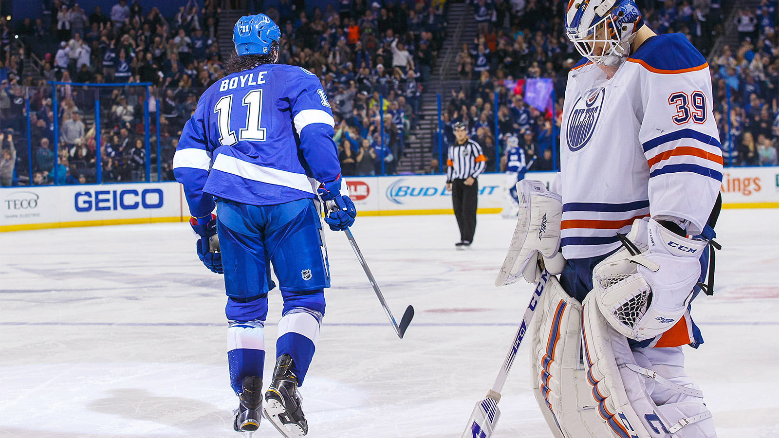 NHL's most laughable club loses on one of season's most laughable goals