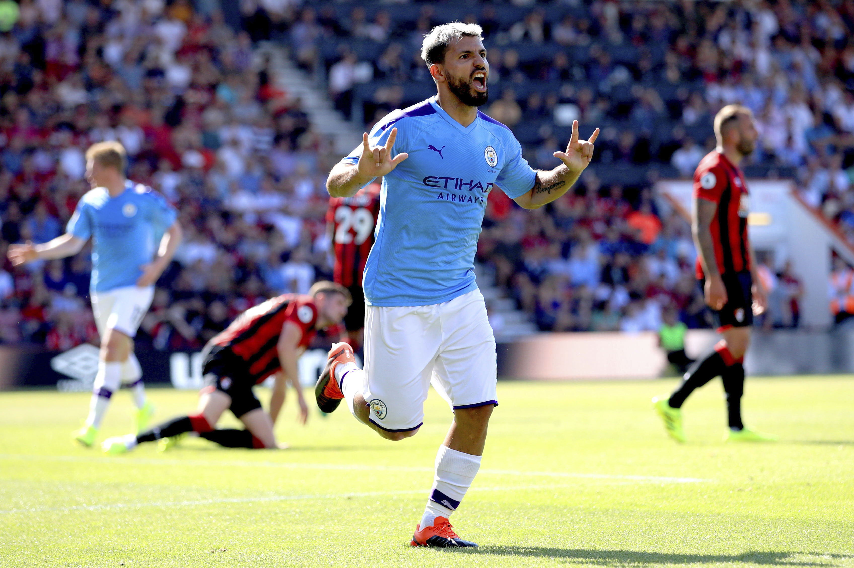 Aguero's double steers Man City to 3-1 win at Bournemouth