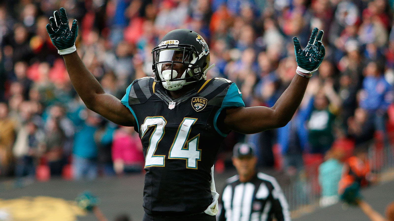 Jaguars running back Yeldon active, starting against Titans