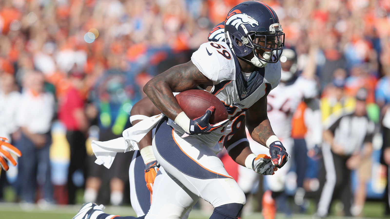 Broncos juggling defense with starters missing vs Raiders