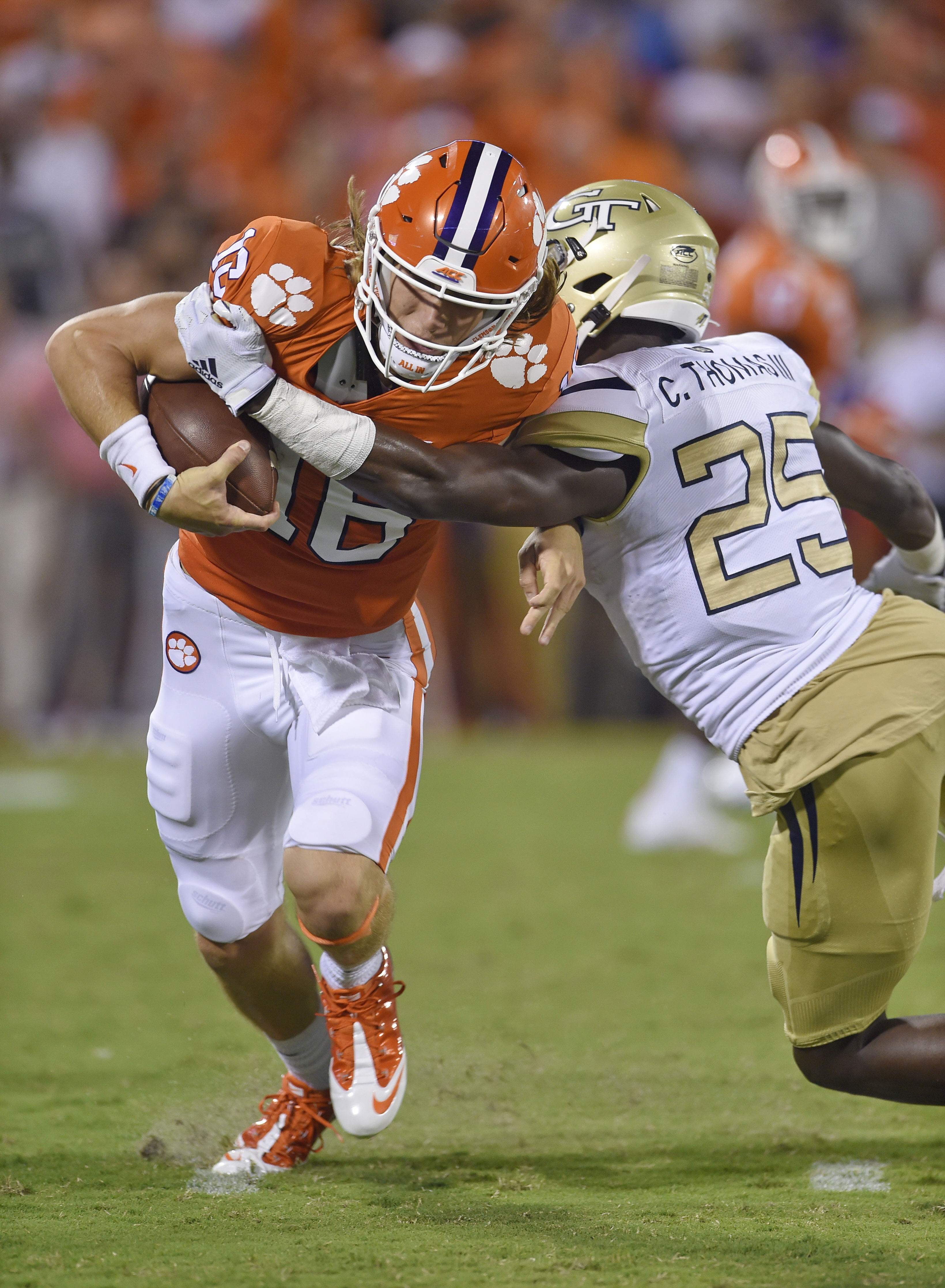 No. 1 Clemson puts win streak on line against No. 12 Aggies