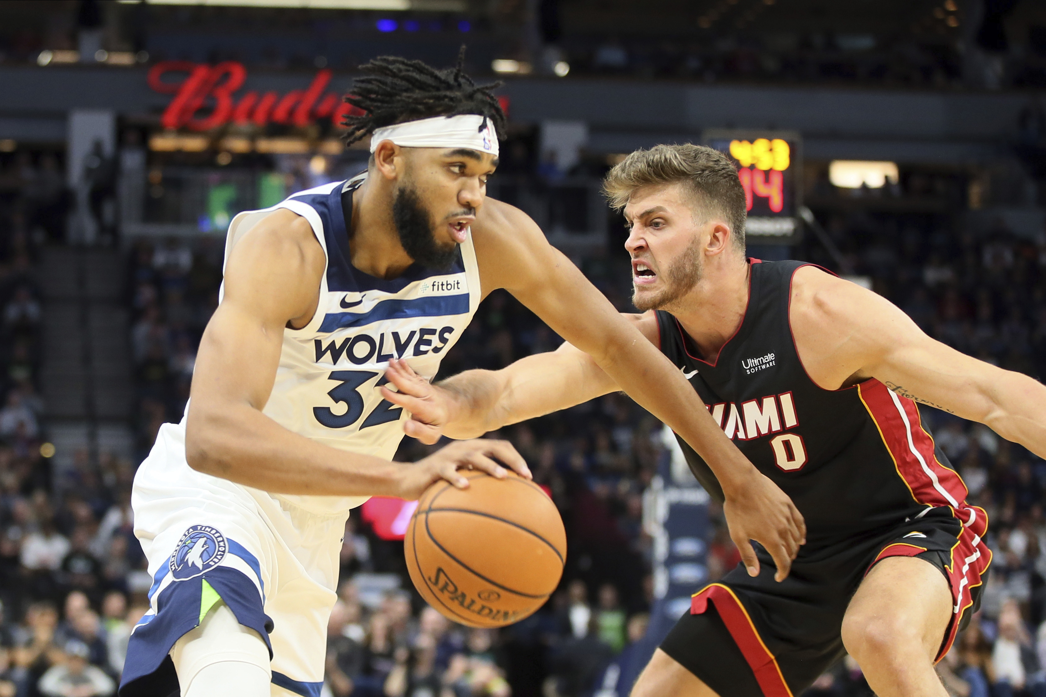 Wiggins leads Wolves past Heat 116-109 with late 3 barrage