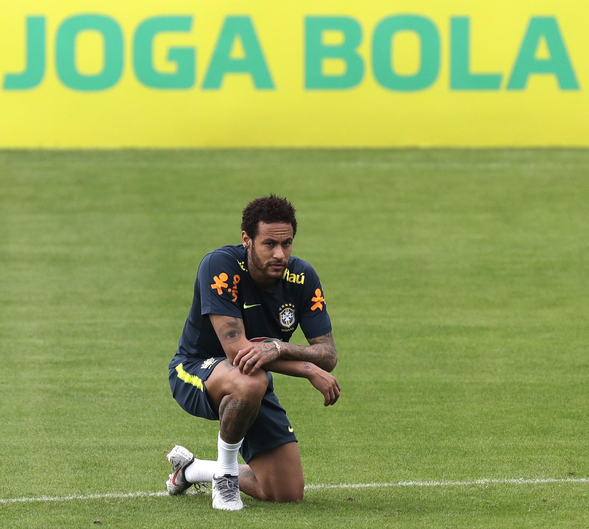 Neymar loses Brazil captaincy to Dani Alves for Copa America